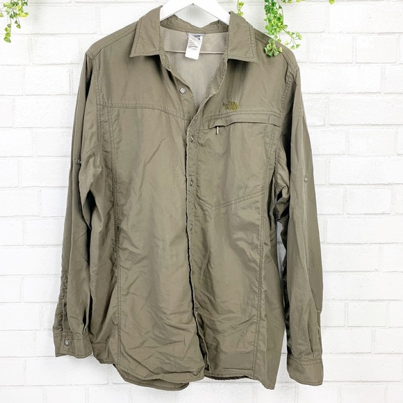 a470cc8ae North Face Sequoia Hiking Camping Fishing Shirt L